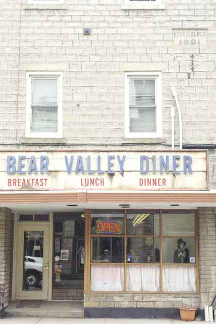 bear-valley-diner