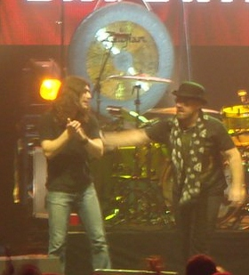 Michael 'Denim' Devin (left) with Jason Bonham.